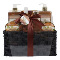 Ashley and Foster Deluxe Almond Oil Gift Set